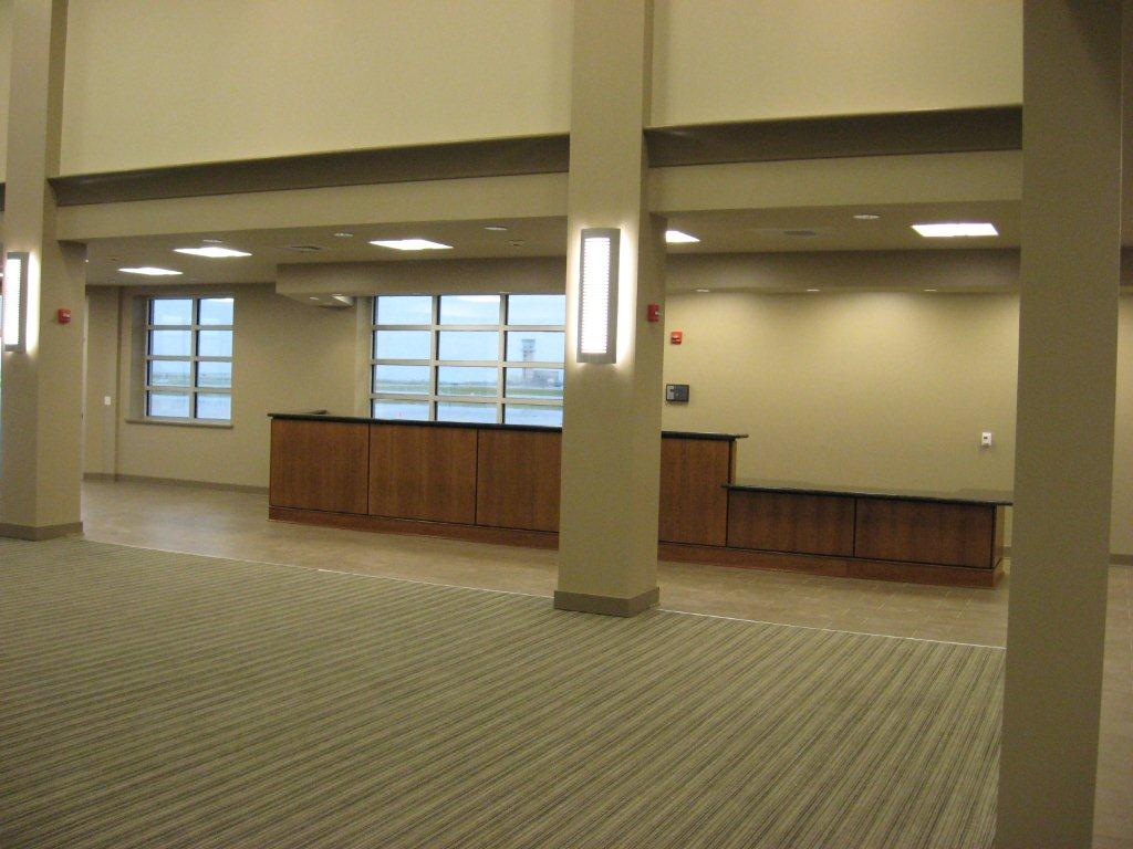 Lakefront Airport (22)